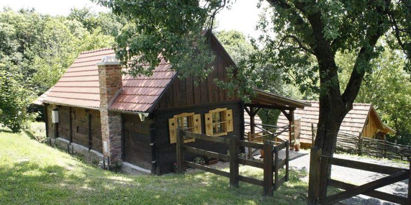 Podeželska hiša za odmor – Grebengradska medna hiža